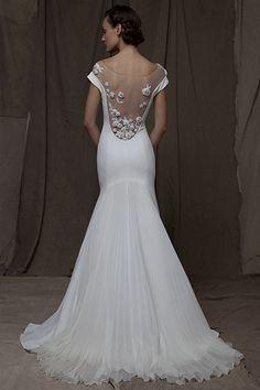 El escote en la espalda para novias es sinónimo de elegancia y sensualidad