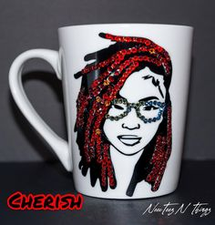 Biscuit, Bling Bottles, Diy Mug Designs, African Crafts, Diy Mugs, Diy Arts And Crafts, Modern Crafts, Mug Decorating, Cricut Creations