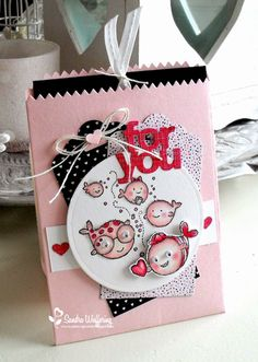 Layered, circle tag, pink and black, fish