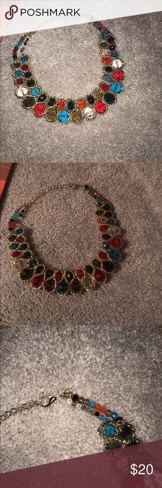 Fashion necklace, new with no tag Colorful Crystal junky fashion ,choker, necklace Jewelry Necklaces
