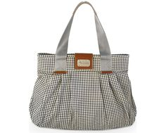 I love this diaper bag!!