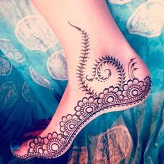 Body – Tattoo's – Henna Tattoo This design is originally from maple mehndi :) Henna Tattoo Designs, Henna Tattoos, Henna Mehndi, Henna Pie, Arte Mehndi, Mehndi Tattoo, Mehendi, Foot Tattoos, Mehndi Designs