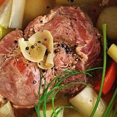 Pork Roast Recipes, Slow Cooker Recipes, Cooking Recipes, Pickle Pork Recipe, Eisbein Recipe, Roast Dinner, Seasonal Food, Pork Dishes, Fermented Foods