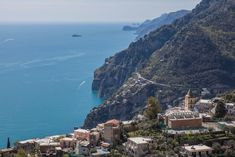 Amalfi Coast Tours in south of Italy by locals. Discover the Amalfi Coast with us by visiting places like Amalfi, Ravello, Capri, Positano. Hotel Amalfi, Amalfi Coast Hotels, Amalfi Coast Italy, Positano, Capri, Water, Places, Summer, Outdoor