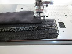 FreeSpirit-Rowan 10&10 Series: Unisex Urban Shoulder Bag in Tula Pink/Salt Water | Sew4Home