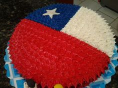 bandera de chile Chilean Flag, Cake Decorating Icing, Breakfast Pizza, Ideas Para Fiestas, How To Make Cake, Tiki Tiki, Diy Projects, Holiday Decor, Sweets