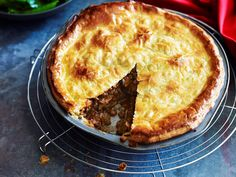 Beef and mushroom family pie.S erved with green vegetables, this crispy beef and mushroom pie is the ultimate family dish.