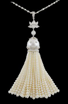 Platinum Diamond & Pearl Tassle Necklace...and the only tassel i would let in my house!