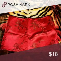 NWOT Red brocade Asian  mimi skirt Fits an 18 to 20 Skirts Mini