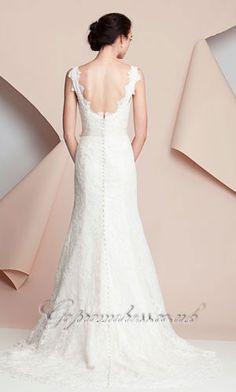 shoulder strap lace wedding dress