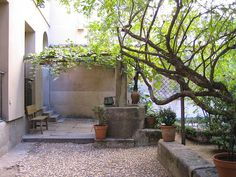 Garden of Golden Age playwright Lope de Vega, which features in the Alatriste books.