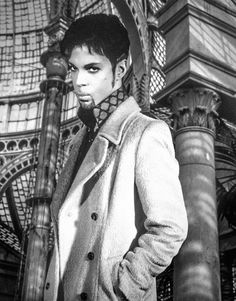 Portrait of American singer-songwriter, multi-instrumentalist and record producer, Prince. Real name Prince Rogers Nelson he was born in 1958 and had a long illustrous career blending together funk, pop, R&B and rock genres before his death in 2016.