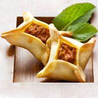 Mezze – Page 6 Lebanese Recipes, Turkish Recipes, Good Food, Yummy Food, Eastern Cuisine, Middle Eastern Recipes, Arabic Food, Food Design, Diy Food