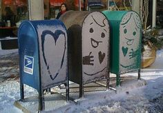 Happy Mailboxes