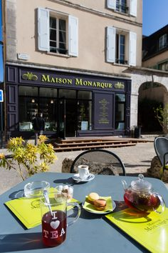 Having a tea time on Maison Monarque terrace in front of the Cathedral