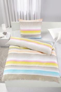 Bettwäsche aus 100% Baumwolle, multicolor. B/L: ca. 135/200cm und 80/80cm.