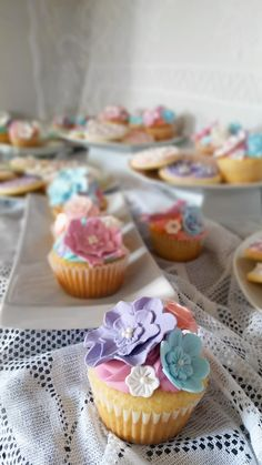 Mini Cupcakes, Easter, Baking, Desserts, Food, Tailgate Desserts, Meal, Patisserie, Easter Activities