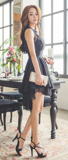 Luxe Asian Women Design Korean Model Fashion Style Dress THE Big collection of photos of beautiful girls on the beach, in the car, in the countryside.Fashionable work outfits for women 2017 025 - FashionetterLove this LBD! Look Fashion, Fashion Models, Girl Fashion, Fashion Dresses, Womens Fashion, Fashion Trends, Fashion Style Women, Fashion Clothes, Trendy Fashion