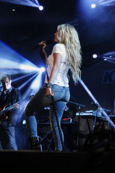Shakira Photos - KIIS FM's Wango Tango 2014 - Show. Shakira Photos, Photos Du, Tango, Images, Singer, Concert, Celebrities, Fashion, Templates