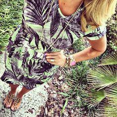 pretty in palms.