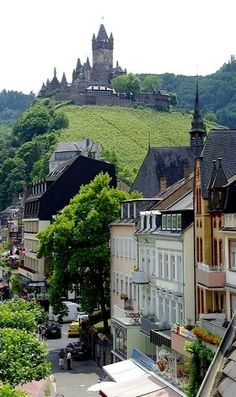 Cochem, Germany I love old castles like this...that why I want to go to Europe