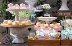 decoracao-festa-infantil-aniversario-de-crianca-com-tema-jardim-das-borboletas-3