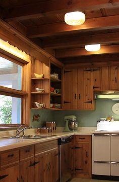 The 1950 S Cabin Kitchen Vintage Kitchens Pinterest