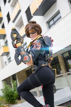 Tracer (Rose skin)  from Overwatch  Cosplay by Kage1988.deviantart #tracercosplay #overwatch #cosplayclass