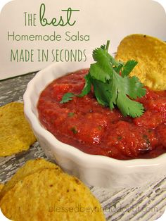 The BEST easy homemade salsa recipe! Super simple too!