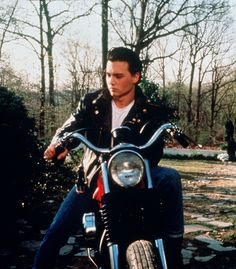Johnny Depp in Cry Baby Johnny Movie, Here's Johnny, Johnny Depp Movies, Cry Baby Movie, Cry Baby 1990, Johnny Depp Cry Baby, Young Johnny Depp, Marlon Brando, James Dean