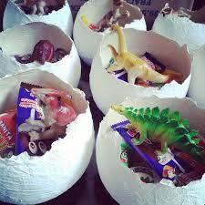 Resultado de imagen para decoracion huevos dinosaurios