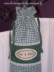 cuisine sac pain panière vert brodé fait main
