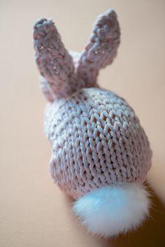 Einen Hasen stricken - schoenstricken.de