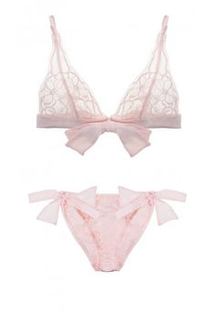 Pretty pink bows - a delicate set from Fleur of England #lingerie