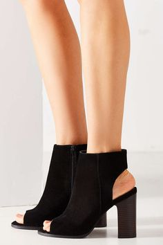 Shop Millie Peep Toe Ankle Boot at Urban Outfitters today. We carry all the latest styles, colors and brands for you to choose from right here. Peep Toe Ankle Boots, Summer Boots, Walk This Way, Soft Suede, Old Women, Everyday Fashion, Block Heels, Urban Outfitters, My Style