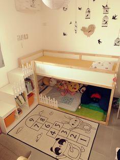 Trofast Ikea, Ikea Kura Bed, Girl Room, Baby Room, Backyard Deck Ideas On A Budget, Sibling Room, Bunk Bed With Slide, Scandinavian Kids Rooms, Bed Stairs