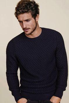 Blue sweat. More DIY fashion inspiration: www.lamaisonvictor.com