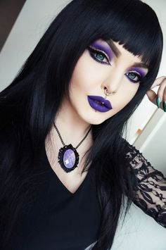Rose Shock Goth Gothic Vampir Alternative Lolita dunkel Make-up Kleid Rock Heels … - Halloween Make-up Gothic Makeup, Dark Makeup, Fantasy Makeup, Purple Witch Makeup, Pretty Witch Makeup, Witchy Makeup, Natural Makeup, Dark Fairy Makeup, Goth Eye Makeup
