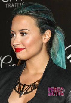 Demi Lovato's teal hair. Can rock any hair color.