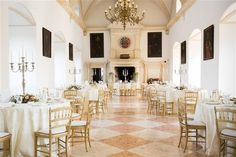Elegant Creme and Peach Wedding at Renaissance Castle Rosenburg, Lower Austria Peach Blush, Blush And Gold, Gold Wedding Decorations, Table Decorations, Marble Room, Wedding Locations, Wedding Designs, Renaissance, Floral Design