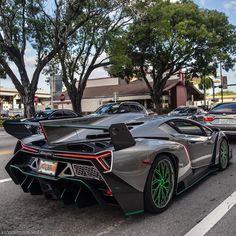 Lamborghini Veneno, Custom Wheels, Old Cars, Bmw, Vehicles, Keys, Instagram, Key, Car