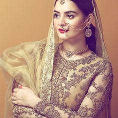نین تارا❤️ Pakistani Wedding Outfits, Pakistani Bridal Dresses, Pakistani Wedding Dresses, Barbie, Wedding Wear, Wedding Beauty, Wedding Pics, Wedding Trends, Bride Look