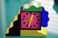 NEOS Lorenz Post Modern Memphis Milano Inspired Clock by Sowden du Pasquier Memphis Art, Memphis Milano, Memphis Design, Memphis Furniture, 1980s Design, 3d Design, Design Movements, Colorful Decor, Design Process