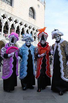 Carnaval Venecia máscaras y trajes7