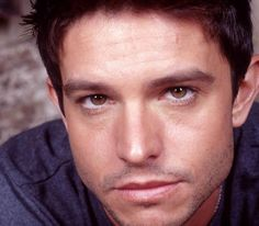 Jason Behr~ Max from Roswell! Gorgeous Men, Beautiful People, Jason Behr, Roswell New Mexico, Imaginary Boyfriend, Series Movies, Tv Series, Bellisima, Sexy Men