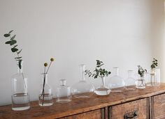 ラボガラスベースEタイプLABOGLASSE器 フラワーベース 鉢 Gin Distillery, Natural Interior, Small Bottles, Liquor Store, Fall Flowers, Decoration, Glass Vase, Beautiful Places, New Homes