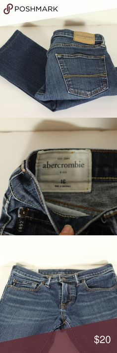 """Abercrombie Kids Super Skinny Jeans Size 16 Pre-Loved but in Excellent Used Condition. Abercrombie kids jeans size . Super Skinny Fit.   Approximately 34"""" from waist to hem Inseam is approximately 25"""" Boot is approx 6"""" wide Waist is approx 14"""" when laying flat abercrombie kids Bottoms Jeans"""