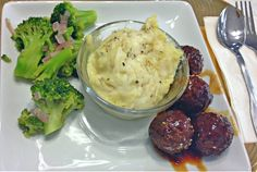 """Cauliflower-Rice Risotto, Molasses Teriyaki meatless """"meat""""balls and steamed broccoli"""