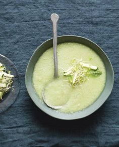 Soupe froide originale concombre, pommes et wasabi pour 4 personnes - Recettes Elle à Table