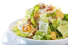 Wil je graag een koolhydraatarme zomerse salade maken? Voor dit recept gebruik je alleen verse, gezonde en lekkere ingrediënten! Wat het gaat worden lees je op de website. Geniet ervan!